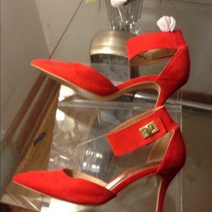 Nicole Miller heels sz 8.5 medium